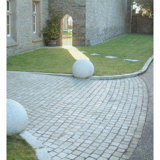B&S Natural Stone Silver Grey Granite Setts